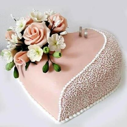 Picture of Engagement Cake 2