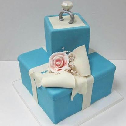 Picture of Engagement Cake 6