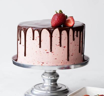 Picture of Chocolate Strawberry Cake