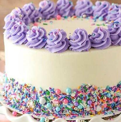 Picture of Vanilla Layer Funfetti Cake