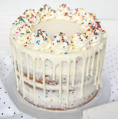 Picture of White Chocolate Drip Cake