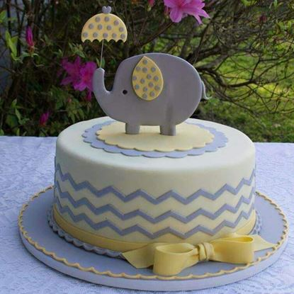 Picture of Baby Elephant Cake 1