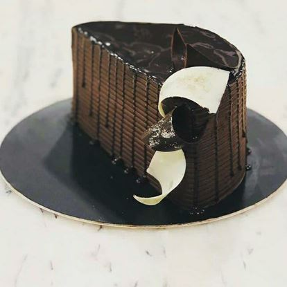 Picture of Chocolate Half Birthday Cake