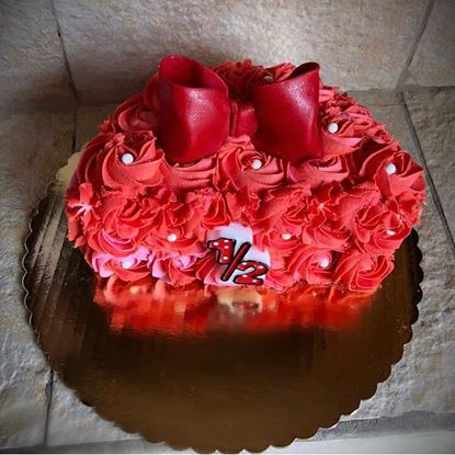 Picture of Red Bow Half Birthday Cake